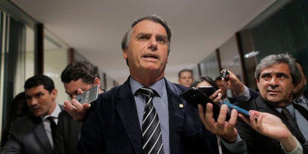 Jair Bolsonaro segue em recuperação após