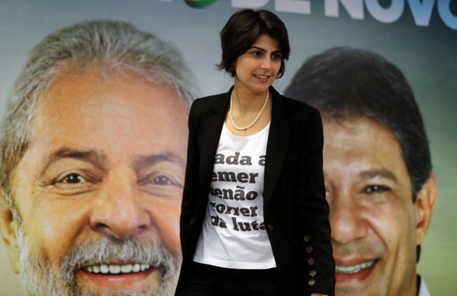 Ao anunciar o aliança com o PT, o PCdoB de Manuela definiu que ela seria vice em qualquer