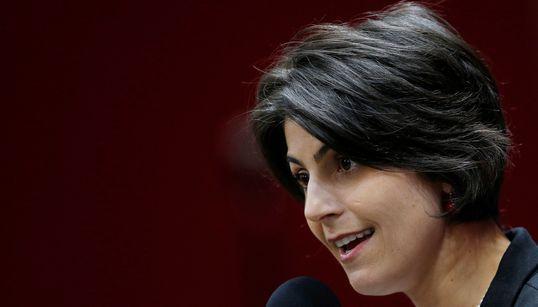 'As mulheres brasileiras não darão nenhum passo atrás', diz Manuela