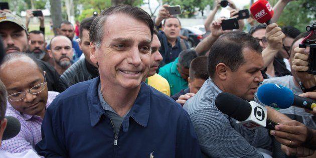 Jair Bolsonaro nega Constituinte de notáveis e possibilidade de autogolpe, como havia dito seu vice,...