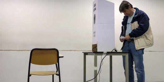 TSE lança página para desmentir boatos sobre urnas
