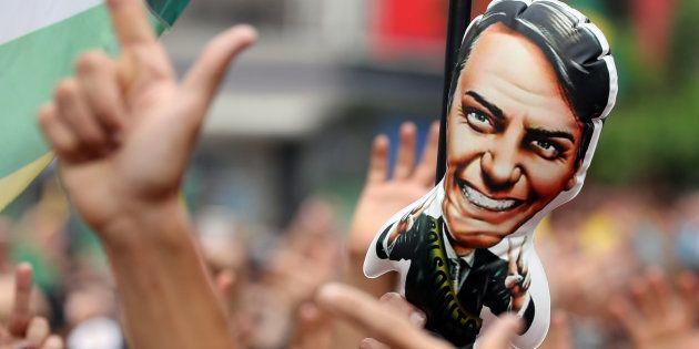Cientista político considera Bolsonaro um candidato de extrema
