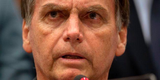 Bolsonaro sobre Ku Klux Klan: 'Recuso qualquer apoio de grupos