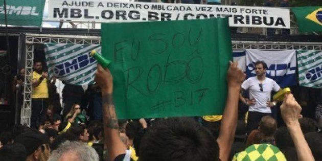 Apoiadores de Bolsonaro ironizaram acusações sobre Caixa