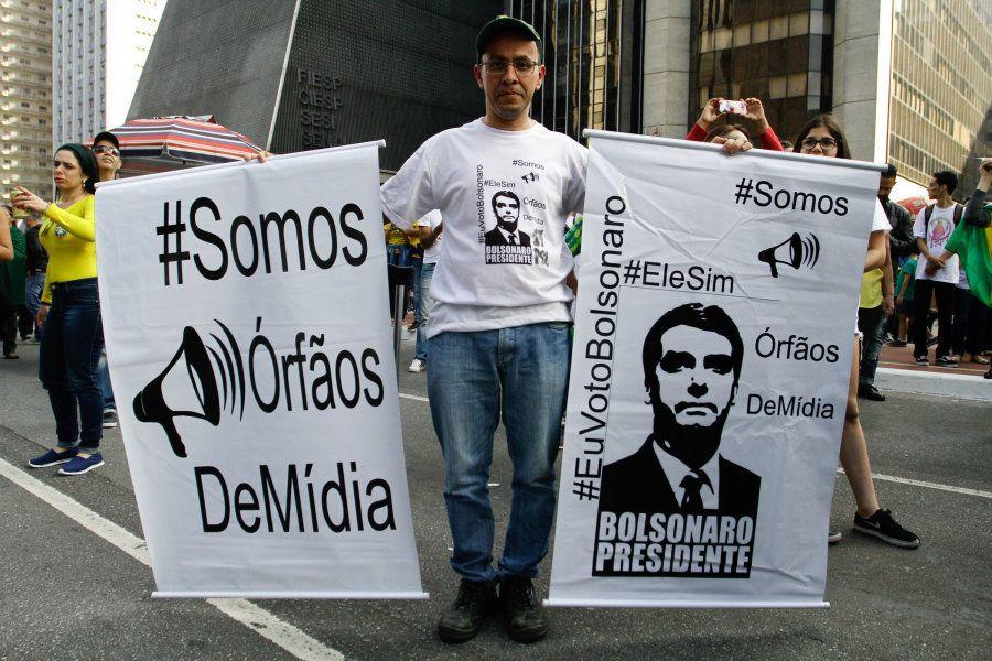 Eleitores de Bolsonaro se queixam do posicionamento da mídia