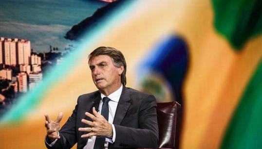 Bolsonaro pode fechar o Congresso? Saiba quais são os limites de um