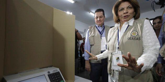 No segundo turno, 179 pessoas são presas e 4.333 urnas substituídas até 16h, diz