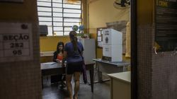 Na 'eleição dos extremos', 9,6% do eleitorado votou nulo ou