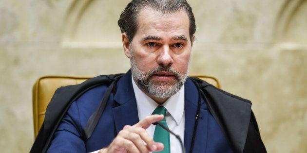 Presidente do STF pede união de brasileiros e que novo presidente respeite a