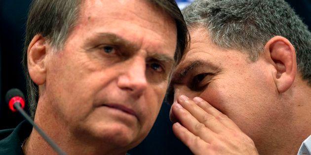 Gustavo Bebianno, ex-presidente do PSL, é uma das pessoas a quem o presidente eleito Jair Bolsonaro