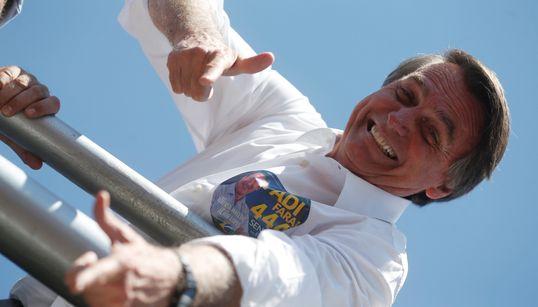 Estatuto do Desarmamento: Bolsonaro quer ampliar legítima defesa para
