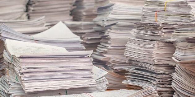 Burocracia sempre esteve associada à ideia de papelada e documentação; e-burocracia também pode ser
