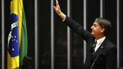 No Congresso, Bolsonaro diz que Constituição é único norte da