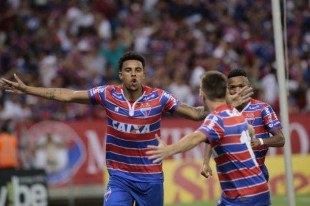 Gustagol é vice-artilheiro da Série B e um dos maiores goleadores do Brasil na