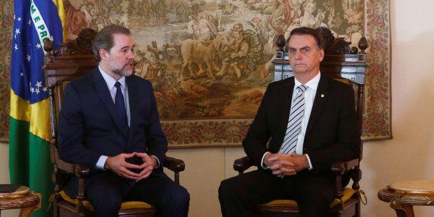 Jair Bolsonaro e o presidente do STF, Dias Toffoli, em encontro em Brasília, nesta quarta (7). REUTERS/Adriano