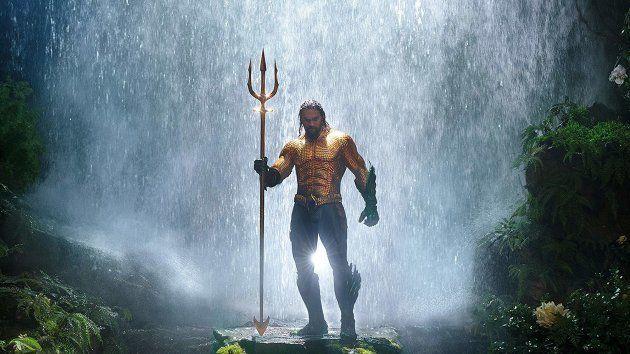Jason Monoa estrela a primeira aventura solo do Aquaman no