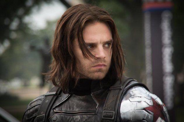 Sebastian Stan interpreta o Soldado Invernal, antigo parceiro do Capitão