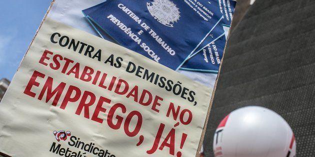 O presidente eleito Jair Bolsonaro anunciou na quarta-feira (7) a intenção de extinguir o Ministério...