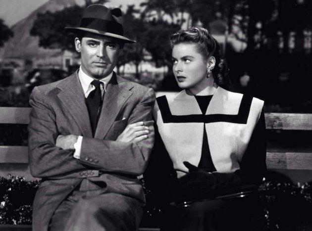 Cary Grant e Ingrid Bergman em uma trama de espionagem no Rio de