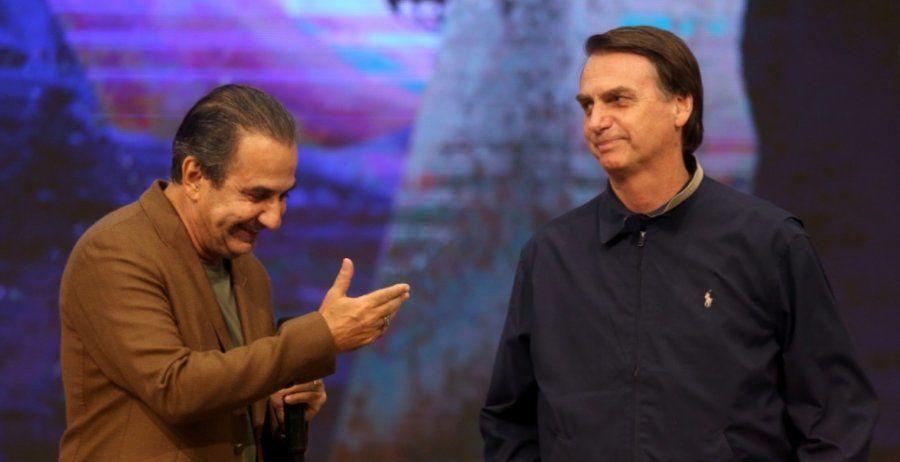 O pastor Silas Malafaia recebe o presidente eleito Jair Bolsonaro em seu programa na