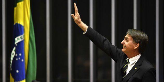 O presidente eleito Jair Bolsonaro, que é deputado federal desde 1991, durante sessão no