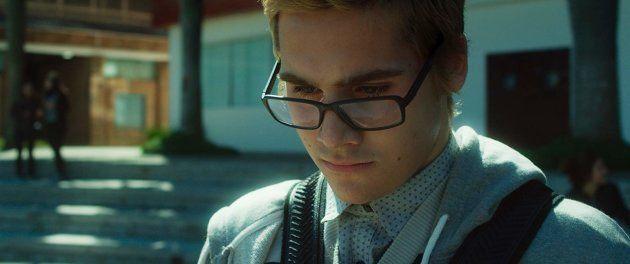 Nicolas Prattes interpreta Davi, um tímido estudante de cinema que, traumatizado por um acontecimento...