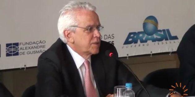 Atualmente, Castello Branco é diretor no Centro de Estudos em Crescimento e Desenvolvimento Econômico...