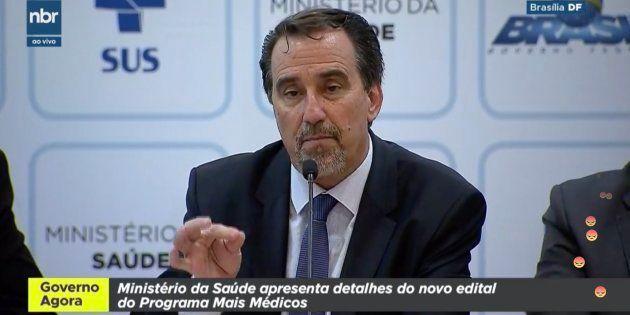 Para o ministro da Saúde, Gilberto Occhi, as novas chamadas para médicos do programa Mais Médicos serão...