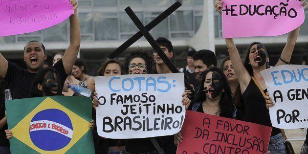 Estudantes de escolas particulares protestam em 2012 contra a criação da Lei de