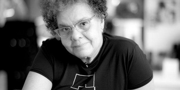 A diretora Adelia Sampaio fala sobre sua vida e carreira em sessão no Dia da Consciência