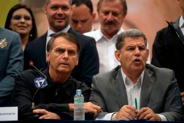 Gustavo Bebianno é advogado de Bolsonaro no caso em que o presidente eleito é réu por ofender a deputada...