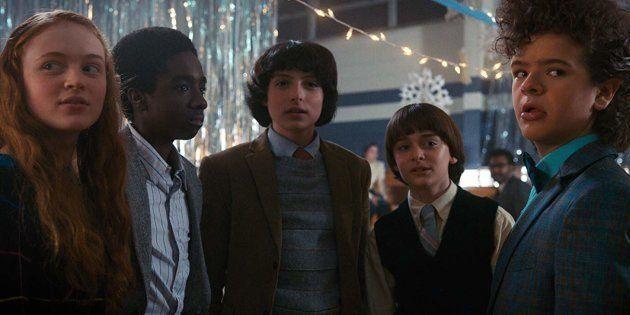 Sadie Sink, Caleb McLaughlin e Noah Schnapp participam do painel sobre Stranger Things, uma das séries...