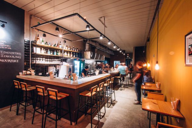 Salão do Toki, izakaya que abriu há pouco mais de 1 ano no bairro de Pinheiros, em São Paulo.