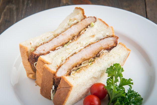 O Katsu Sando é um sanduíche tradicional de Tóquio.