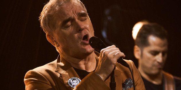 Nas apresentações, Morrissey opta por fazer um apanhando de sua carreira solo, cantando poucos clássicos...