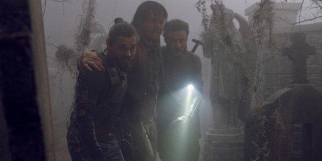 Jesus e Aaron resgatam Eugene e são cercados pelos Sussuradores em midseason finale de