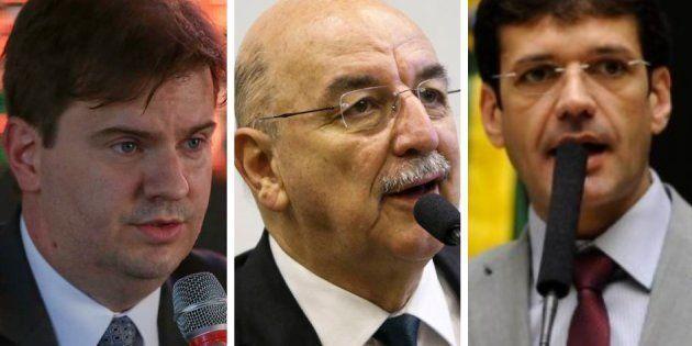 A partir da esquerda, os futuros ministros Gustavo Henrique Rigodanzo Canuto (Desenvolvimento Regional),...