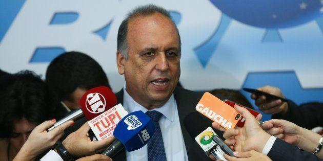 Luiz Fernando Pezão foi preso por suspeita de recebimento de