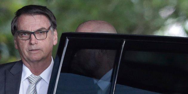 Jair Bolsonaro diz que vai acabar com a 'indústria da multa' no