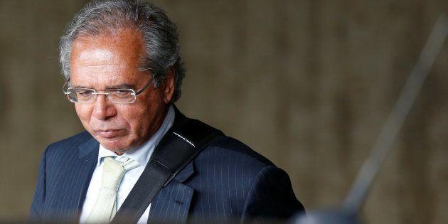 PF investigará Guedes por fraude em gestão de fundo; defesa reafirma lisura de