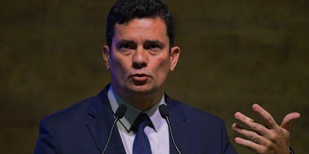 Futuro minsitro da Justiça no governo Bolsonaro, o juiz Sérgio Moro nega qualquer irregularidade em sua...