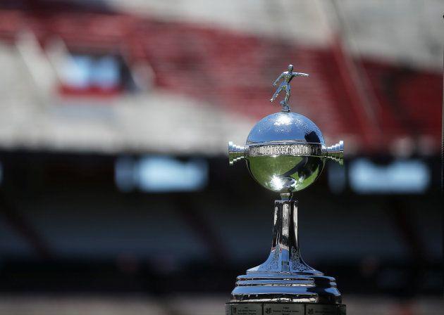 Troféu da Libertadores já é do River Plate. Próximo objetivo é a taça do Mundial de