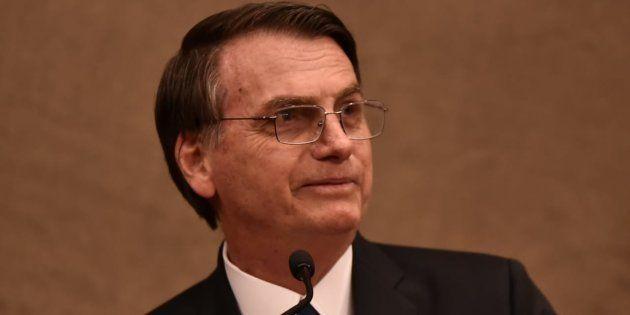 Bolsonaro diz que governará 'para 210 milhões de brasileiros, sem