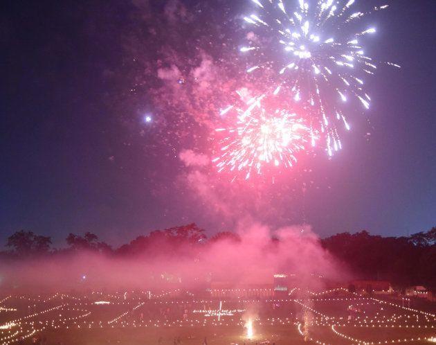 Fogos de artifício sem barulho liberam energia em forma de luz, mas sem