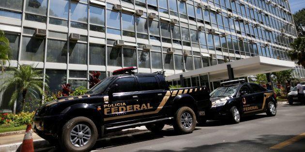 O presidente eleito Jair Bolsonaro decidiu extinguir o Ministério do Trabalho em seu governo, apontando...