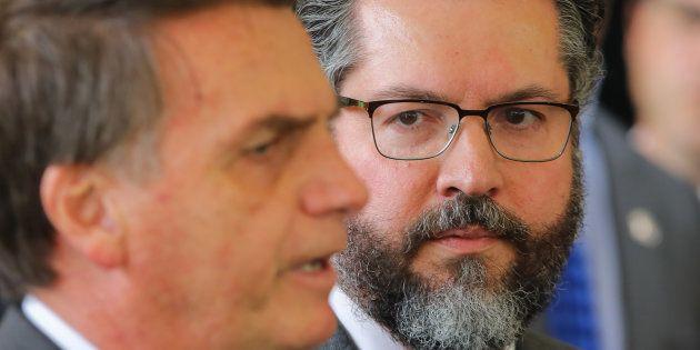 Bolsonaro e o futuro ministro das Relações Exteriores, Ernesto Araújo, afirmaram que não há espaço para...