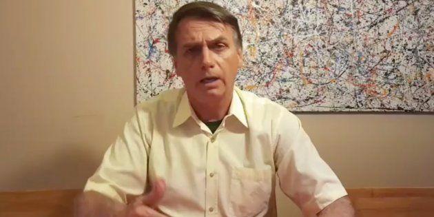 Bolsonaro diz que migração aumenta intolerância e que vai deixar pacto da