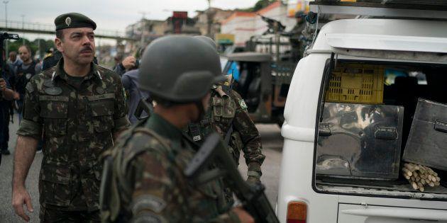 Intervenção federal no Rio 'cumpriu a missão', diz general