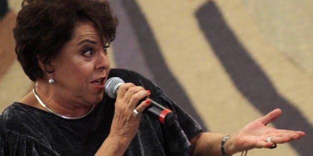 A cantora Miúcha, em show em