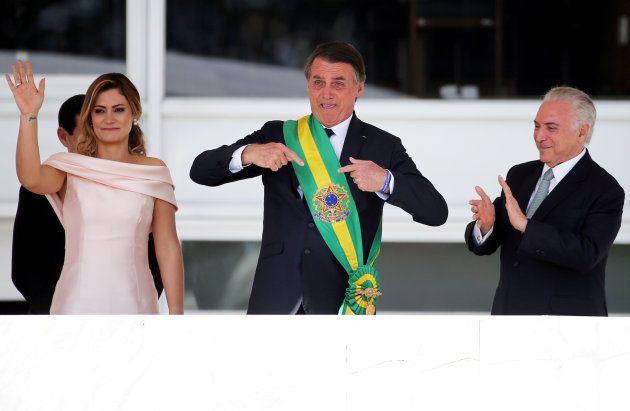 Jair Bolsonaro é ovacionado pelo público quando diz que